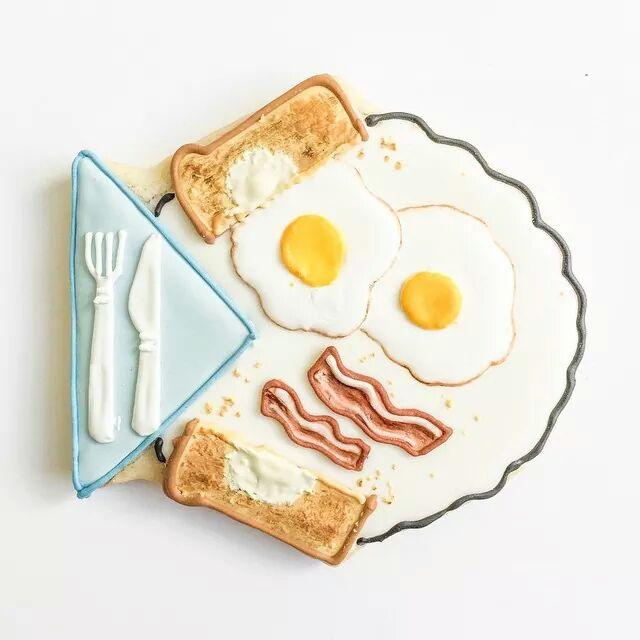 bacon e uova sulla torta