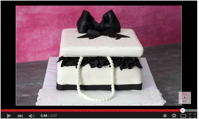 Video Tutorial. Una torta molto elegante