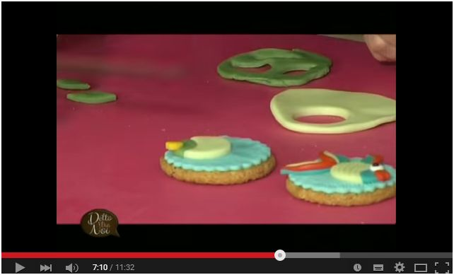 Video Tutorial. Pesciolini in pasta di zucchero per decorare i biscotti